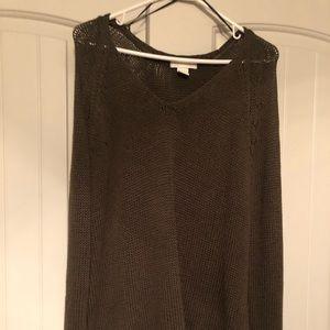 H&M sweater. Dark green. V neck.